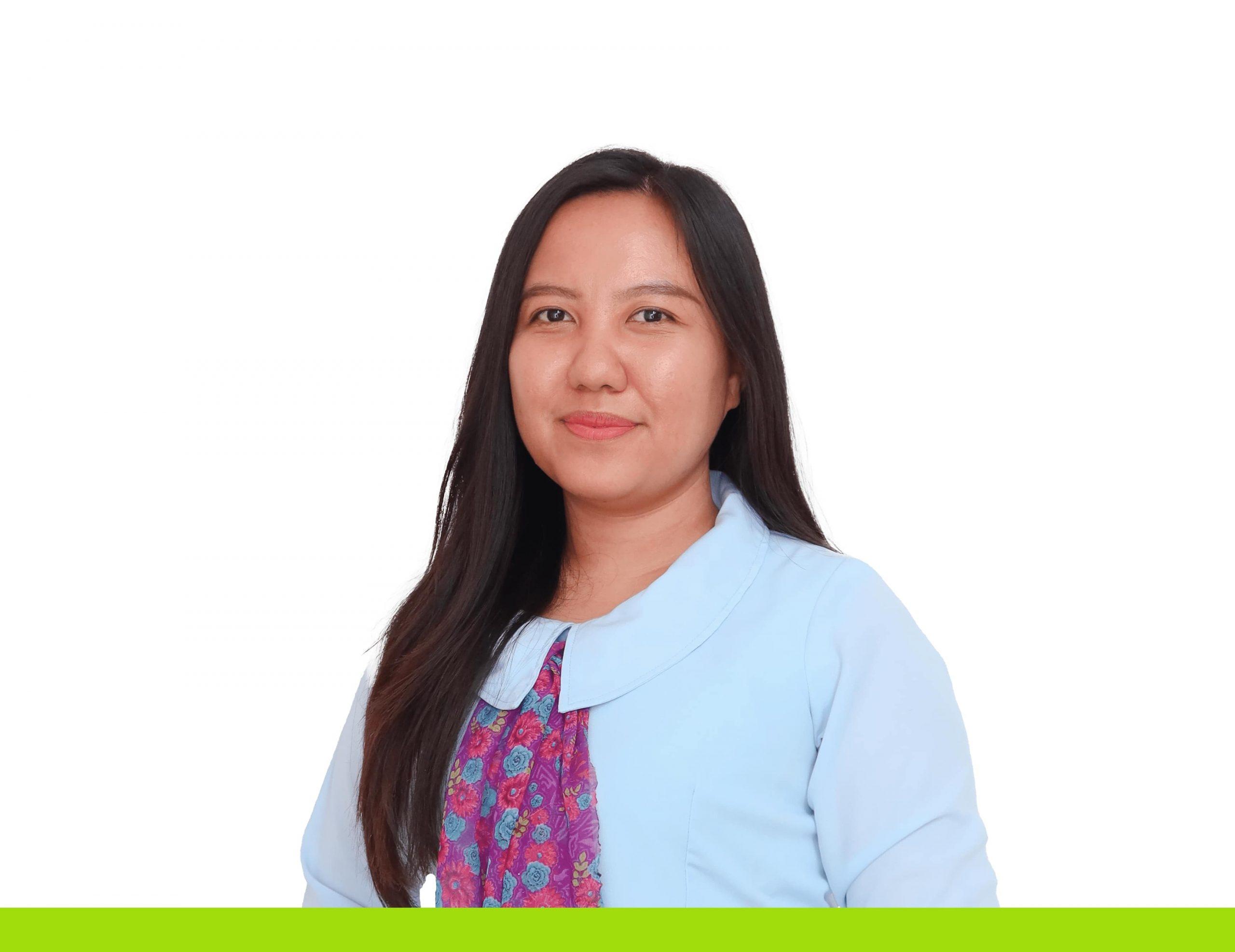 Guru - Afrilya Liliani Pabubung, S.Pd.,M.Pd.-min