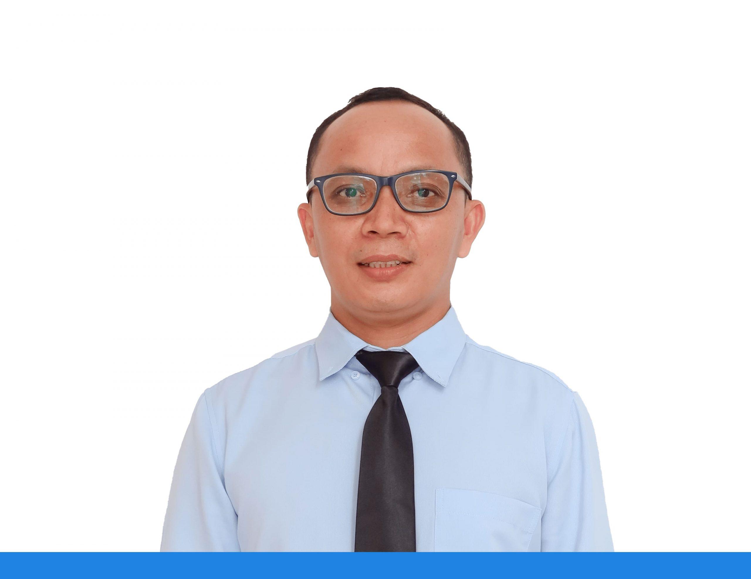 Pimpinan - Hendrik Karewangan, S.Pd., M.Pd., Gr.-min